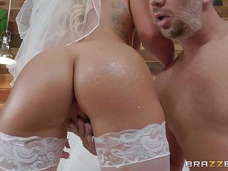crazy and wild bride Cali Carter enjoys hardcore fuck with a stranger