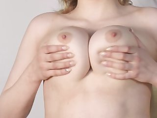 Bella Breeze play with big boobs and masturbate