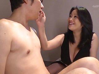 Large boobs Asian star Komukai Minako knows how to pleasure a dick