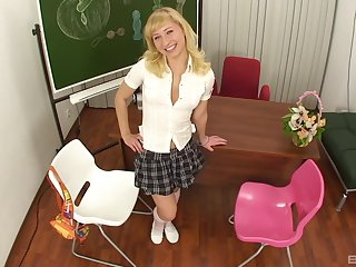 After dildo pleasing dirty blonde is ready for rough sex in the classroom