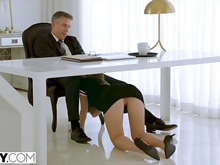 Assistant Paige Owens makes her Boss Work for Ass Fuck